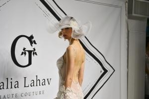 Bride_hat